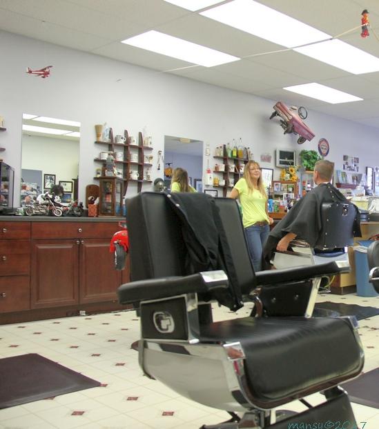 dixie_barber_shop_haircut_darlene_barber_hair_cuts_vero_beach_florida